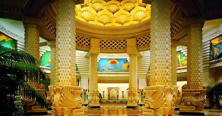 TAtlantis Paradise Island - Interior room