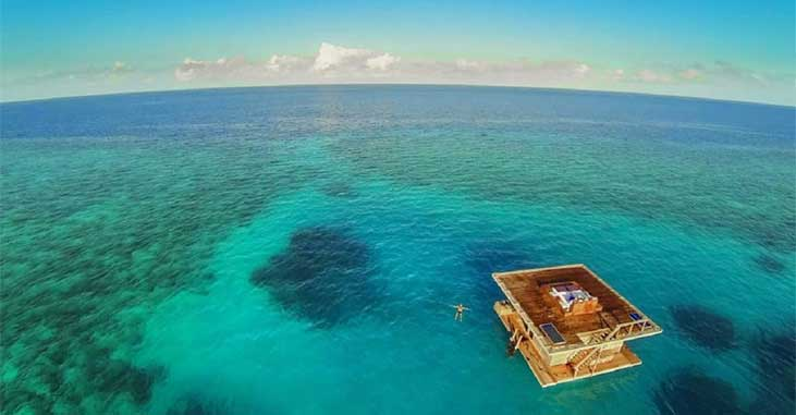 The Manta Resort - Floating Hotel Room