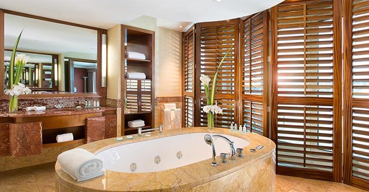 Hotel President Wilson Geneva Switzerland - Master Bedroom