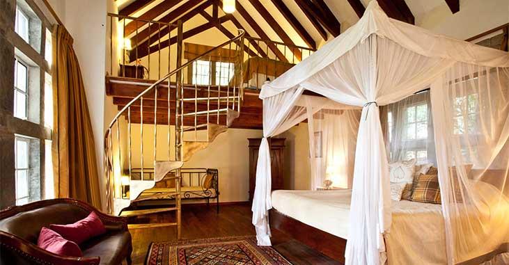 Giraffe Manor - Guest Room