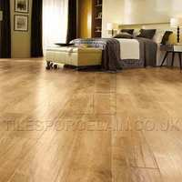 http://www.tilesporcelain.co.uk/Traditional Oak Vinyl Flooring